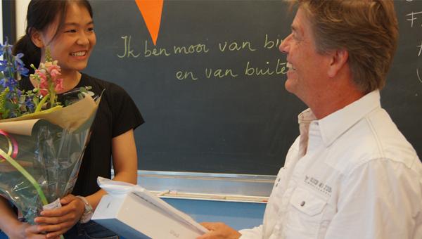 Muiswerker van het jaar: Huilin krijgt een iPad van Muiswerk